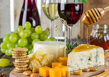 Wine & food pairing - The red wine and cheese cliché