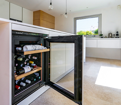 Photo galery - example of a wine cabinet installed by SIEMATIC Tours under a kitchen counter.